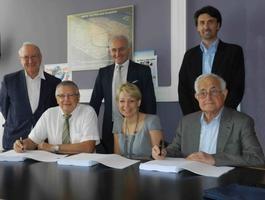 Signature de la convention avec la DSDEN